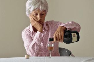 мать страдает алкоголизмом