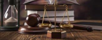 право и закон