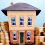 Нужно ли платить налог с продажи дома с земельным участком?